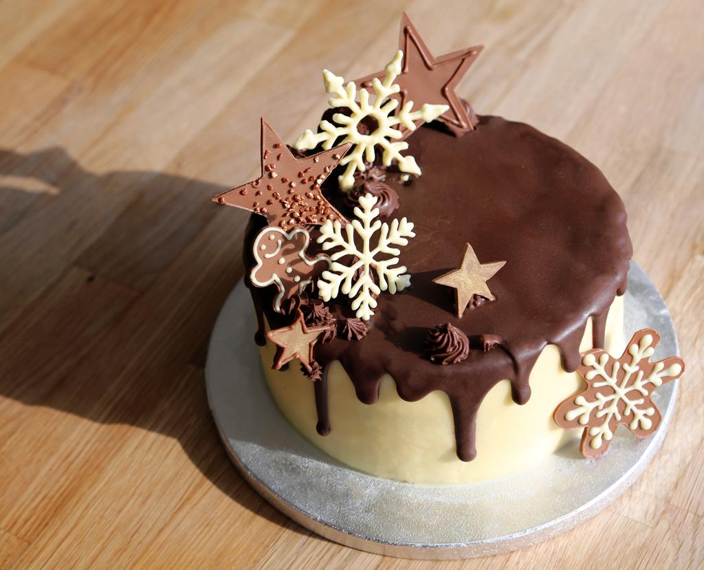 Seasonal Drip Cake Masterclass Little Kitchen Specialist Cookery School In Bristol